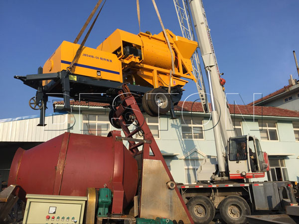 delivery of mobile pump with mixer