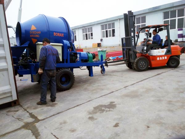 delivering concrete mixer pump