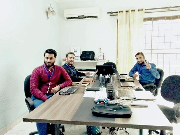 Oficina en el Pakistán