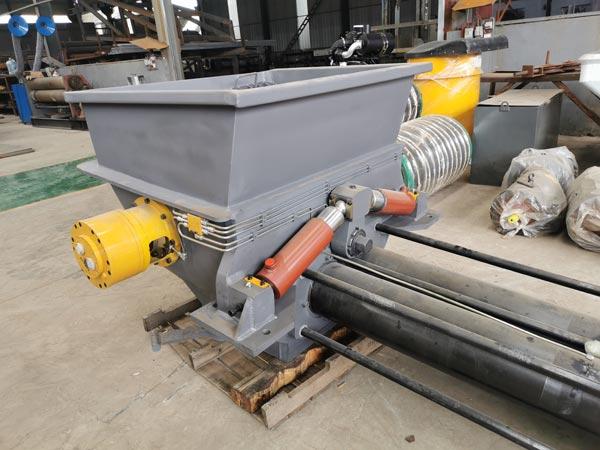 Бетонотранспортный цилиндр бетононасосной машины
