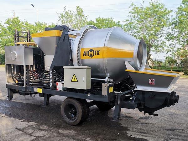 Loading Diesel Concrete Mixer Pump