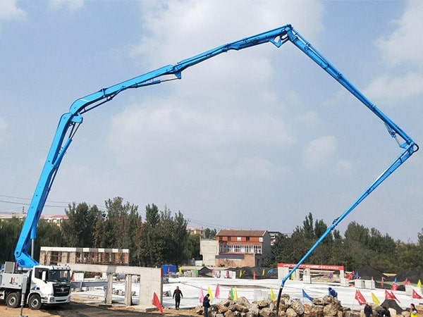 Concrete Pump Truck Working