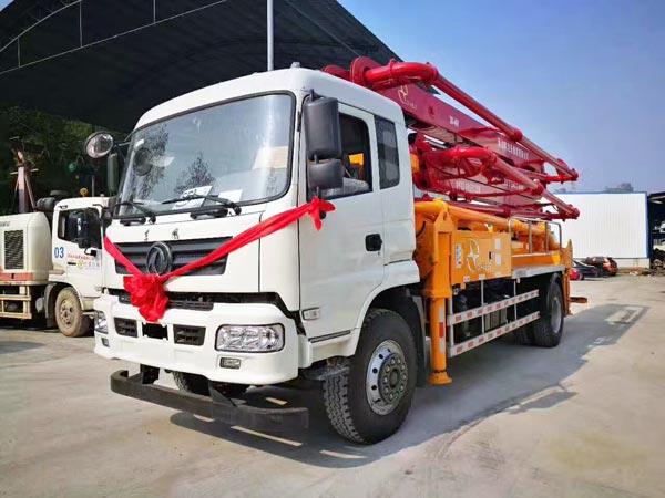 THB30-4M Boom Pump