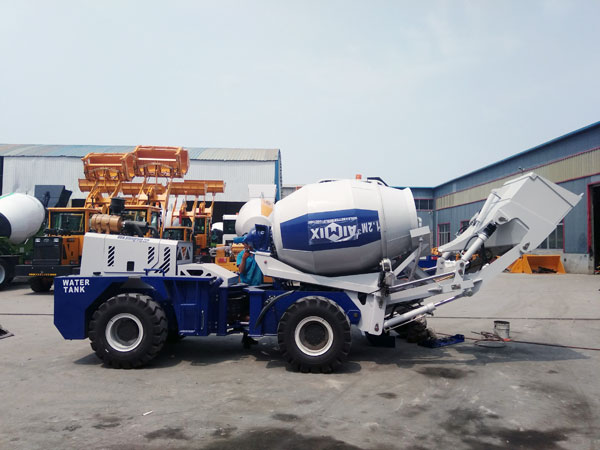 AS-1.2 Self Loading Mixer