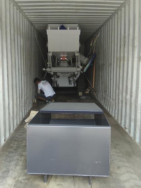 Self Loading Mixer Packing