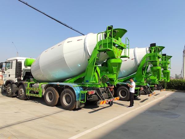 trailer dipasang mixer semen
