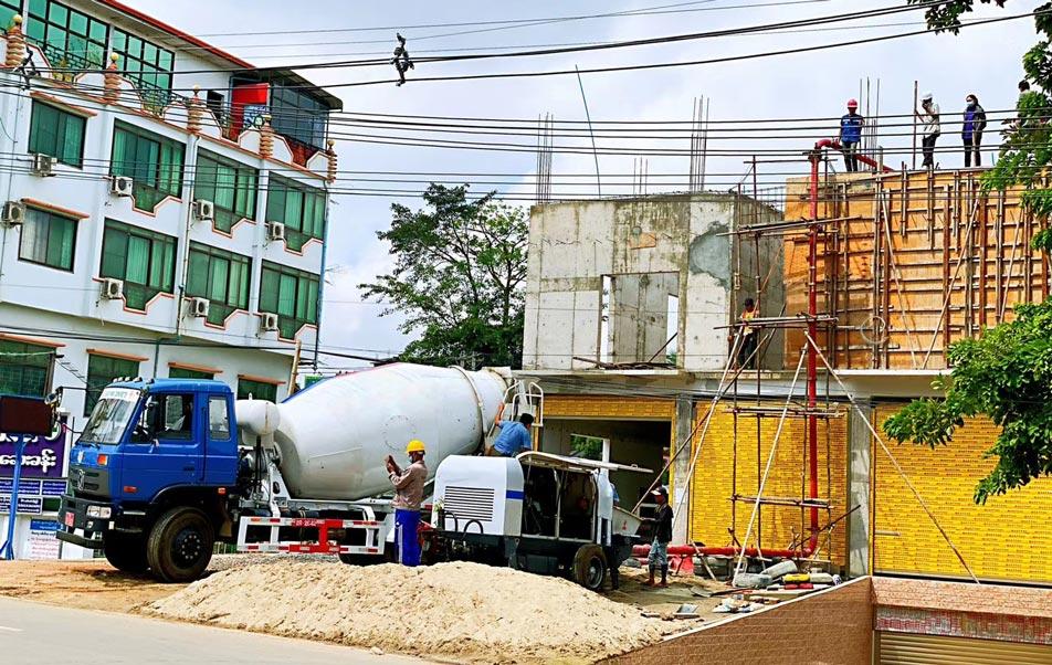Birmadagi ABT40C beton nasosi