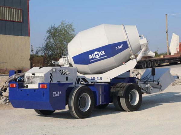AS-3.5 Self Loading Concrete Mixer dengan Pompa