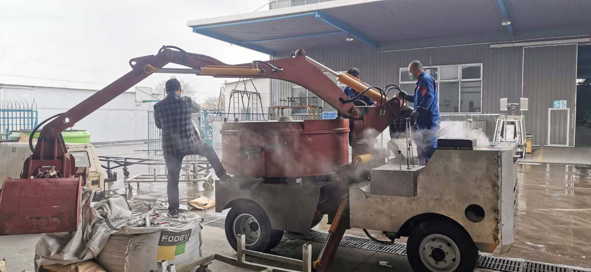 Grab Bucket Mixer Truck