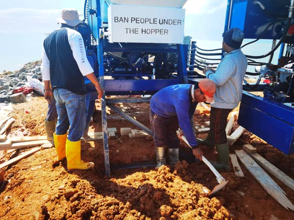 ABJZ40C Concrete Mixer Pump Working in Indonesia