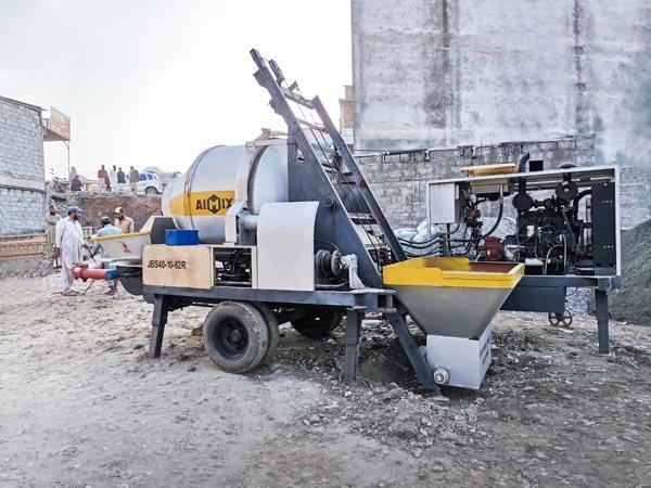 ABJZ40C Diesel Concrete Mixer Pump Working in Pakistan